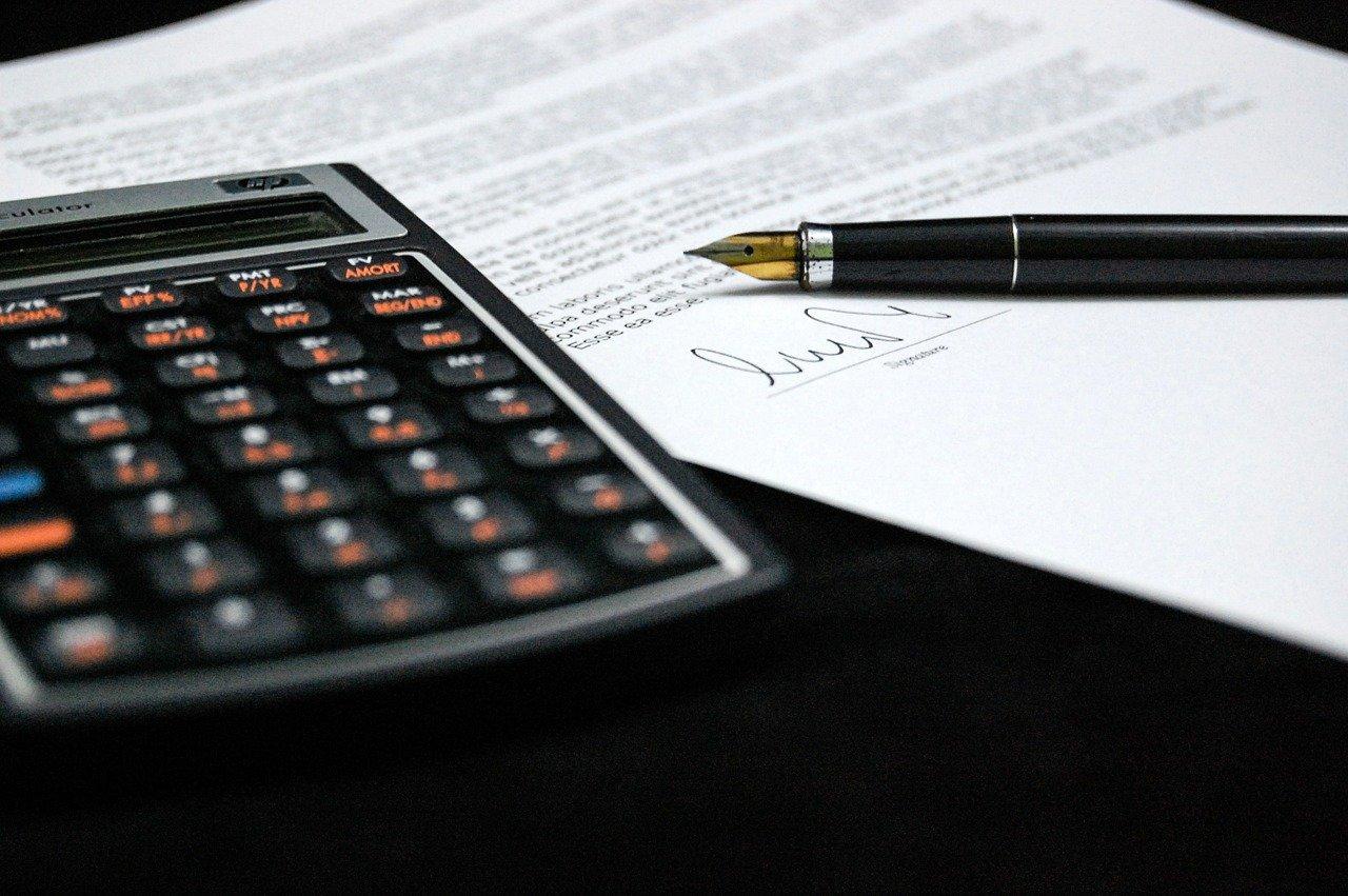 Jak kredyty wpływają na naszą gospodarkę i na nas samych?